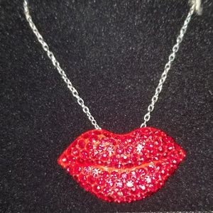Jewelry - Lips Necklace